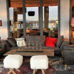 Das Foto zeigt die Lounge mit Blick auf den Rhein des Hotel Nägler's