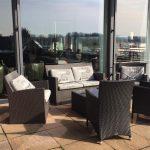 Die Lounge auf der Terrasse im Sonnenschein Hotel Nägerl's