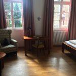 Stilvolle Gästezimmer im Kloster Maria Laach