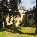 Innenhof des Gästehauses Maria Laach